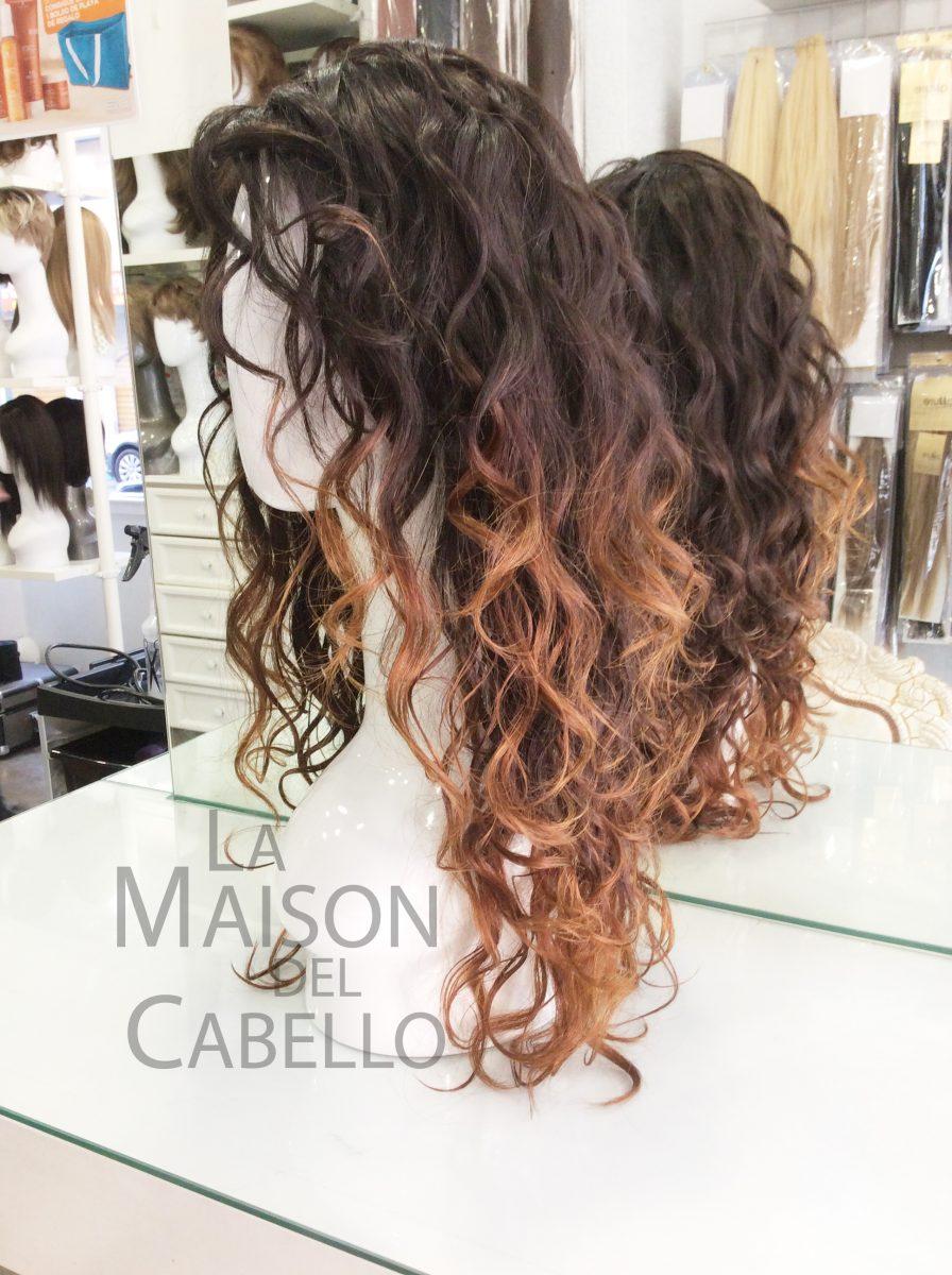 Nuestras Pelucas de Cabello Virgen Premium también puedes convertirlas en tu cabello favorito. Hemos hecho las puntas bi,color (TIE DYE) con sólo una