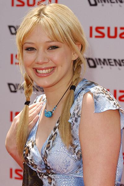 Hilary-Duff-2002 Hilary Duff en 15 looks