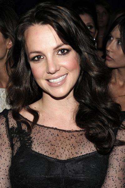 BS-2010 Britney Spears en 15 looks