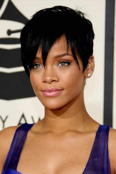 rihanna-2008- Rihanna en 15 looks