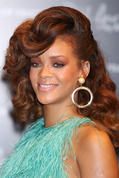 rihanna-2011-2 Rihanna en 15 looks