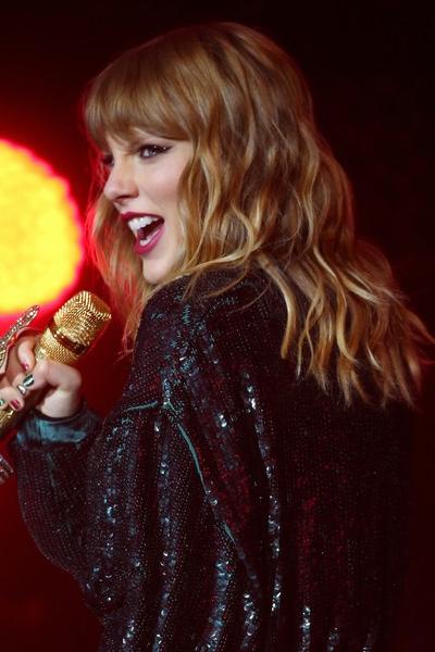 Flequillo-Recto-Taylor-Swift Flequillos: Los tres estilos de este 2018