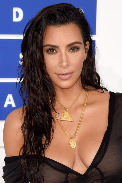 kim-kardashian-11 Kim Kardashian en 15 looks