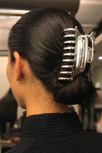 la-maison-del-cabello-claw-clip-2018 5 accesorios de los 90 que vuelven a llevarse