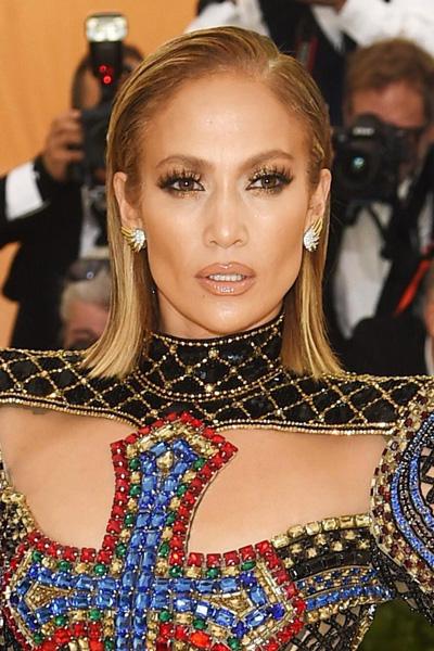 La-Maison-Del-Cabello-Met-Gala-2018-Jennifer-Lopez MET Gala 2018