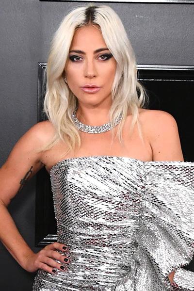 lady-gaga-grammys-2019 GRAMMYs 2019: La coleta despunta como tendencia entre las celebrities